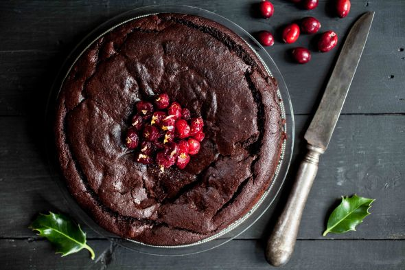 Cranberry, orange and chocolate cake for the sensitive gut-1-6