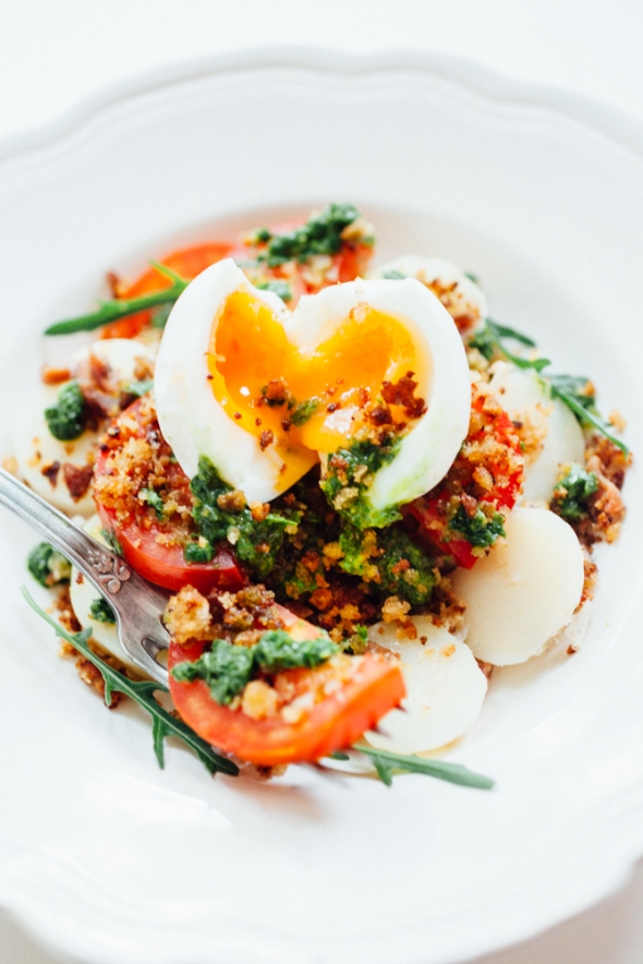 New potato, tomato salad with herb oil and crisp breadcrumbs-4